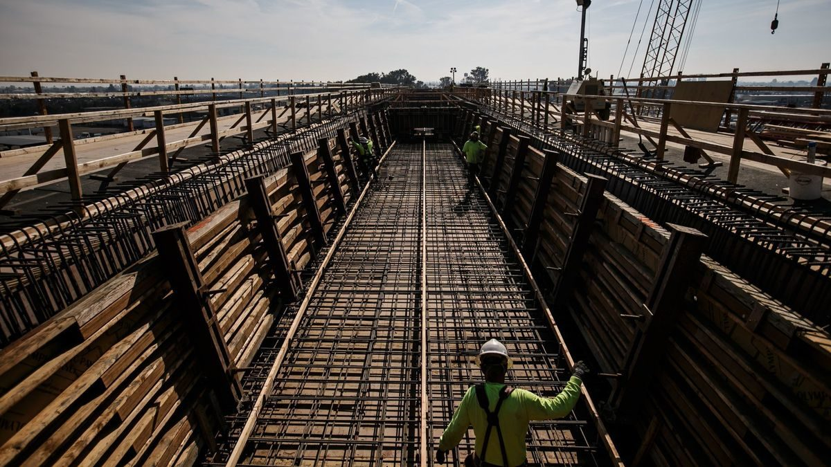 How the bullet train went from peak California innovation to the project from hell