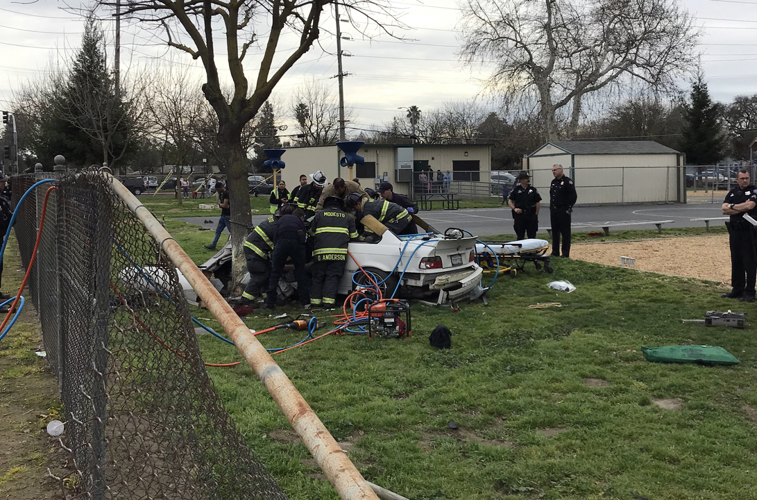 Car plows through fence, onto campus of Modesto elementary school