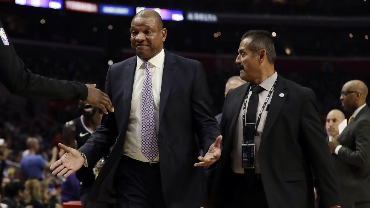 Coaches Doc Rivers and Jim Boylen ejected in Clippers' 128-121 victory over Bulls
