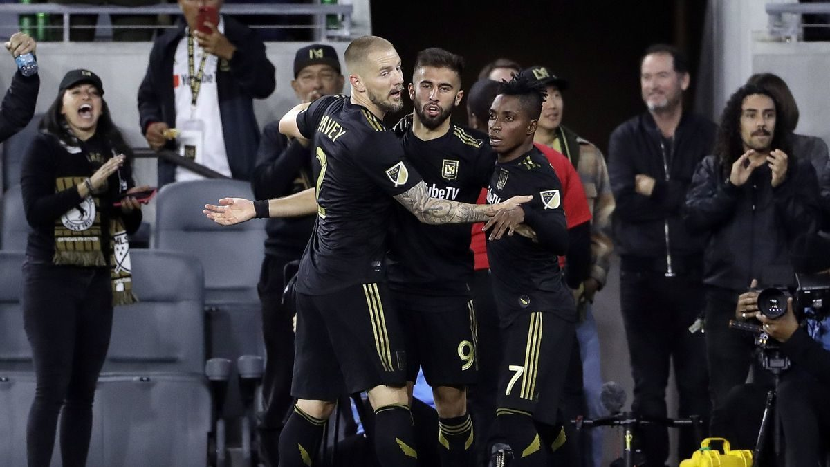 Walker Zimmerman scores in stoppage time to lift LAFC over Real Salt Lake