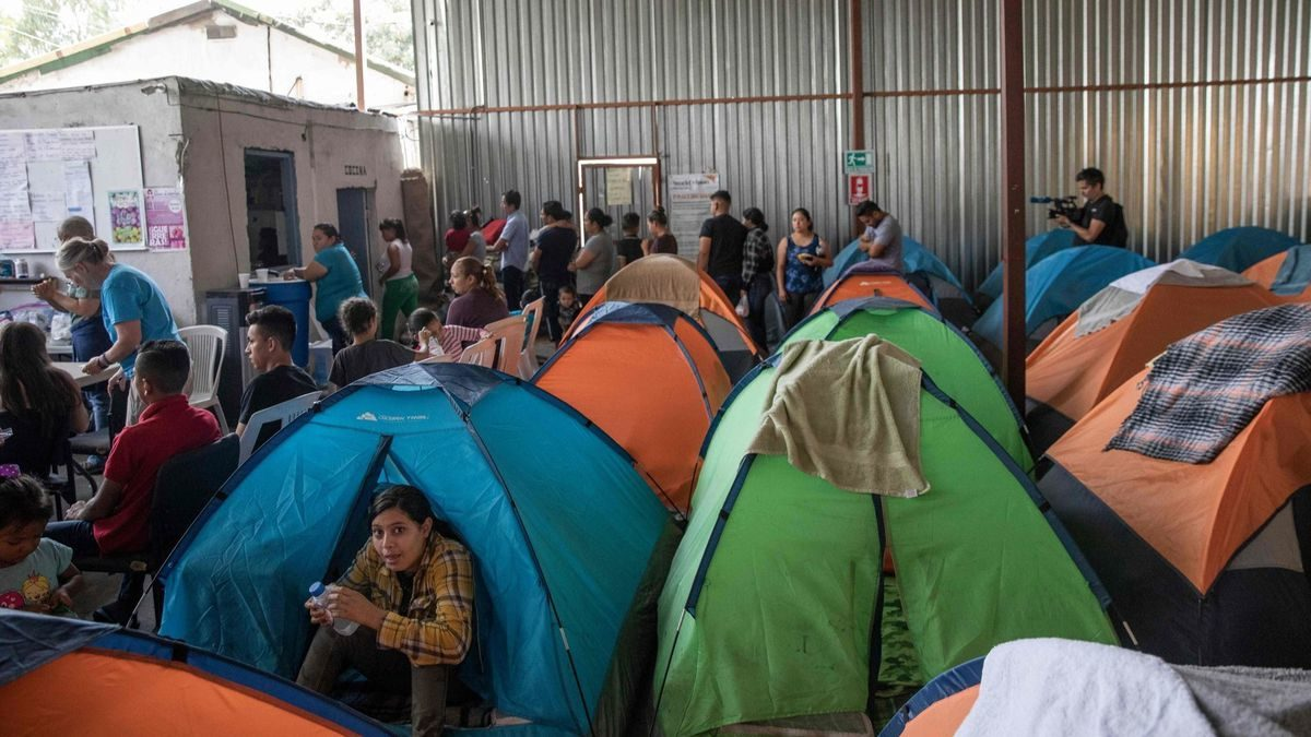 Asylum officers receive last-minute guidance on implementing sweeping border policy change