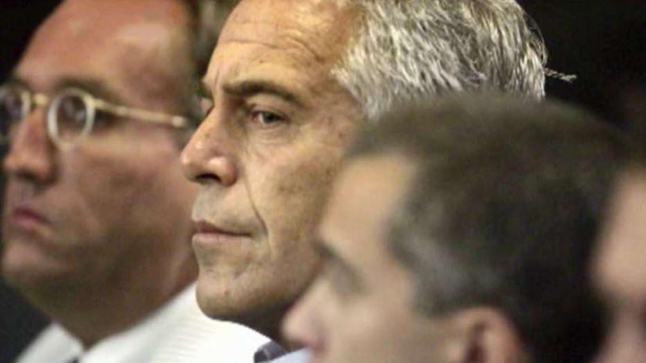 Jeffrey Epstein autopsy reveals broken bones in neck, cause of death pending: report
