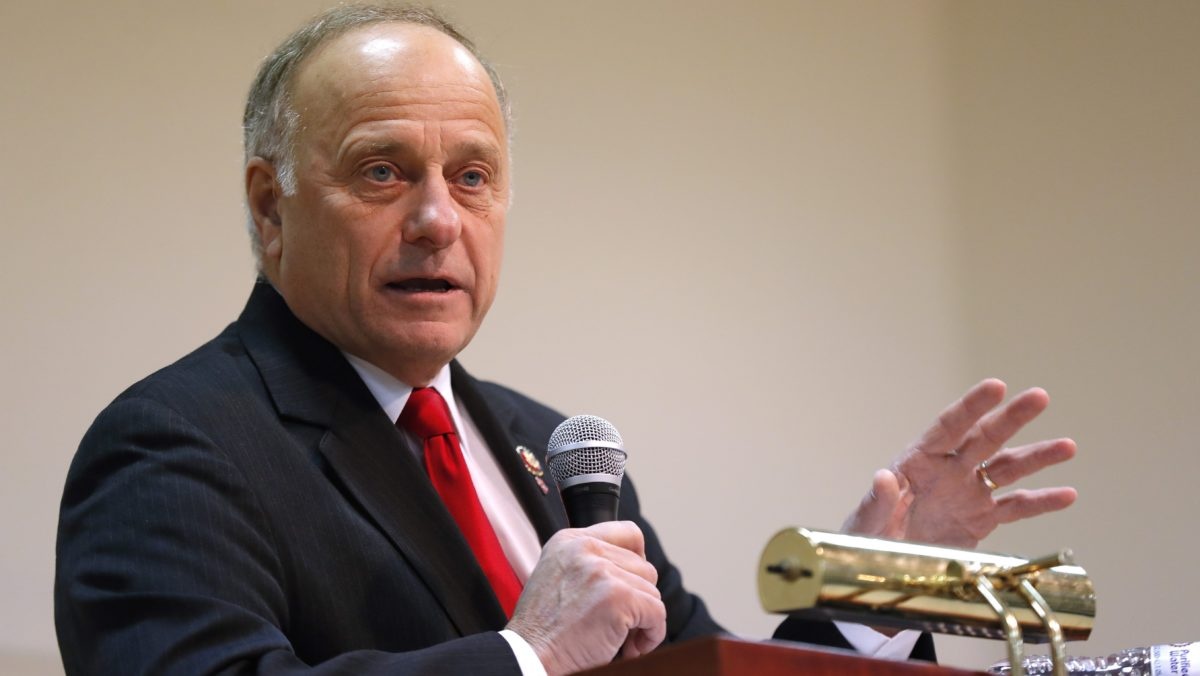 Rep. Steve King jokes about imprisoned Muslims being forced to eat pork in China