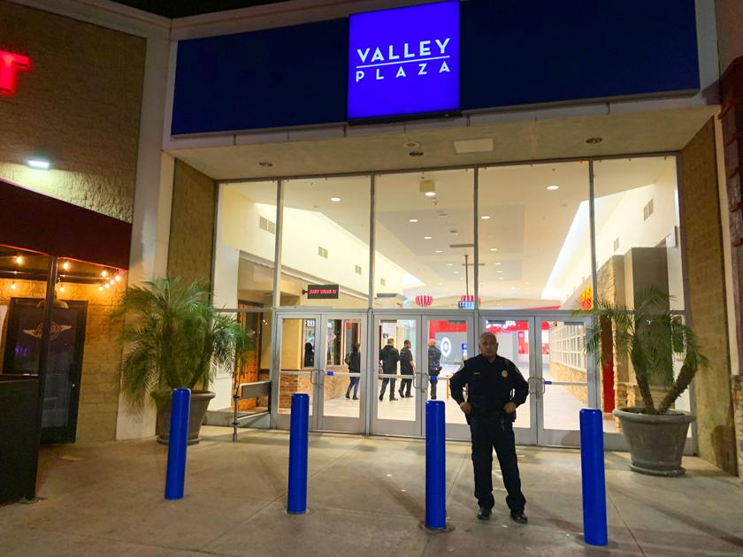 2 injured in Valley Plaza mall shooting