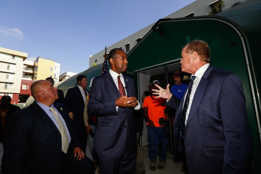 L.A. Mayor Garcetti foresees progress on homelessness via talks with HUD Secretary Ben Carson